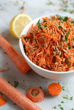 Simple Carrot Salad with Lemon Vinaigrette--a simple and healthy side dish!