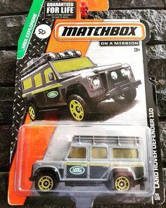 Forsale Matchbox Land Rover Defender 110  Price : Rp.50rb  WA : 08989714882 BBM: 571FA1FC Kondisi sesuai foto Card - Bubble anggap jelek  #hotwheels #hotwheelsindonesia #hotwheelsjakarta #hotwheelsbekasi #diecast #jualhotwheels #jualhotwheelsmurah #kaskushotwheels #hotwheelsindo #jualdiecast #jualdiecastmurah #hotwheelsphotography #hotwheelscollector #matcbox #landrover #landroverdefender by narendratomo Forsale Matchbox Land Rover Defender 110  Price : Rp.50rb  WA : 08989714882 BBM…
