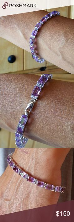 Tanzanite Tennis Bracelet Auction Piece. Gorgeous NWOT Comes in original box. 925 Silver 7 inches 14.5 gr 3.15 cwt ORIGINAL RETAIL $575 Great gift or treat yourself, you deserve it Jewelry Bracelets