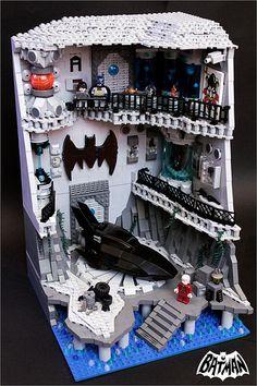 The Batcave by fianat [Lego] Minecraft Lego, Lego Moc, Lego Lego, Minecraft Skins, Minecraft Buildings, Batman Lego, Batman Vs, Instructions Lego, Lego Dc Comics