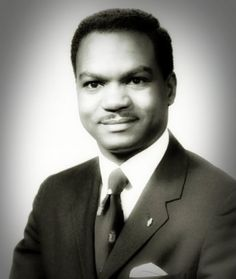 Walter E. Fauntroy Walter Edward Fauntroy (born February 6 1933) is the former pastor of the New Bethel Baptist Church in Washington D.C. and a civil rights activist. He is also a former delegate to the United States Congress and was a candidate for the 1972 and 1976 Democratic presidential nominations as a favorite son as well as a human rights activist. His stated life work is to advocate public policy that declares Good News to the poor that binds up the broken hearted and sets at liberty…