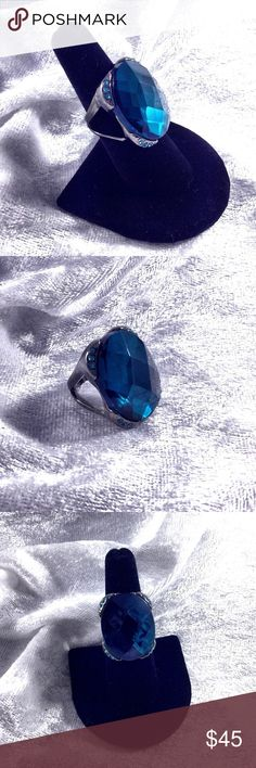"Dark Green Vintage Crystal Statement Ring 6.5 This is so beautiful. The large Crystal cabochon is faceted throughout has tiny stones on all 4 corners. 1.25""X1"" size. 6.5 ring size. Very dark green darker than picture. Vintage possible 60s. Silver alloy possible sterling but not marked. Great condition. Purchased as part of large estate jewelry lot.  Save the most by bundling. I offer 20% off on any bundle of 2 or more items. I do not accept trades sorry. Vintage Jewelry Rings"