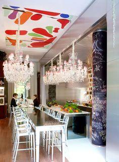 El hotel Le Royal Monceau (París, 1928) - referente de los hoteles de lujo. Ante la necesidad de una renovación, sus nuevos propietarios pensaron en Philippe Starck...y aquí está!!