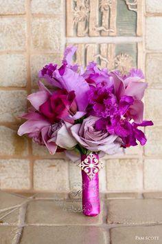 #Radiant Orchid 2014 Wedding color Wedding Bouquet Tablescape Centerpiece www.tablescapesbydesign.com https://www.facebook.com/pages/Tablescapes-By-Design/129811416695
