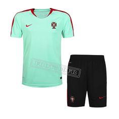 2b3224832e724 Nouveau T Shirt Portugal + Shorts Bleu Clair Kit 2016 fr-moinscher
