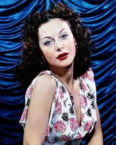 Hedy Lamarr: The Hollywood Beauty With Brilliant Mind ~ vintage everyday Old Hollywood Glamour, Hollywood Actor, Hollywood Stars, Hollywood Actresses, Classic Hollywood, Vintage Hollywood, Hedwig, Hedy Lamarr, Classic Actresses