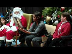 """First Lady Michelle Obama Reads """"The Night Before Christmas"""" to Kids at the Children's National MedicalCenter"""
