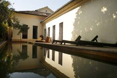 Shunya is a contemporary architectural symphony. The uniquely covetable property is more suited for smaller weddings.