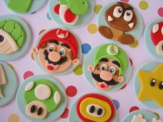 Super Mario Bros. Cupcake Toppers by Lynlee's Petite Cakes, via Flickr