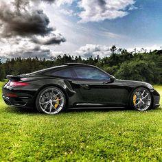 Porsche 911 turbo s Porsche Carrera Gt, Rwb Porsche, Porsche 911 Turbo, 911 Turbo S, Maserati, Lamborghini, Ferrari 458, Sexy Cars, Hot Cars