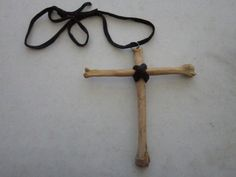 Coyote Leg Bones Large Cross Crucifix Pendant Necklace Buckskin Leather Art Jewelry by rainbownativetraders on Etsy Animal Jewelry, Jewelry Art, Unique Jewelry, Tooth And Claw, Leg Bones, Animal Bones, Leather Art, Black Rock, Crucifix