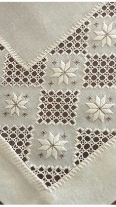 Brazilian Embroidery Ideas 25 best ideas about Hardanger - Embroidery Designs, Types Of Embroidery, Learn Embroidery, Hardanger Embroidery, Embroidery Stitches, Hand Embroidery, Cross Stitches, Bookmark Craft, Drawn Thread