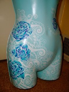 free hand painting on mannequin by Taylor Jeffers