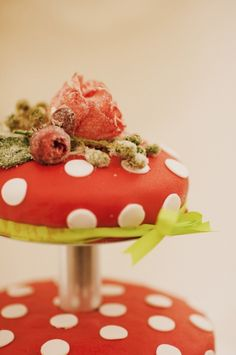red and white polka dot wedding cake - I like the thinness for a small wedding