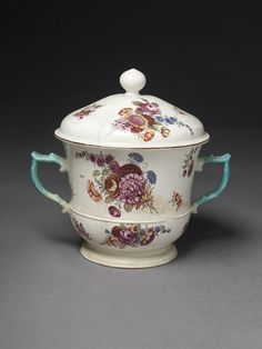 c.1756-58 Posset pot and cover by Chelsea Porcelain factory