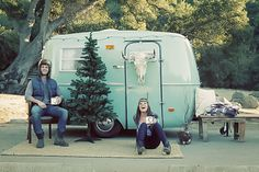 Cosy Christmas Engagement Shoot In A Retro Camper Van (photo cred: Valorie Darling Photography)