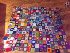 Hooked !! A Crochet Addict's Blog - This is my Granny A Day Blanket on day 324