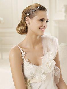White One Shoulder A-line Flower(s) Organza Wedding Dresses - $179.99 - Trendget.com