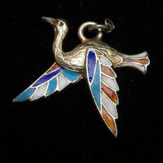 Bird Charm Silver Enamel Vintage : World of Eccentricity & Charm Bird Jewelry, Charm Jewelry, Jewelry Bracelets, Vintage Jewelry, Diamond Solitaire Earrings, Silver Enamel, Bird Feathers, Ruby Lane, Brooch