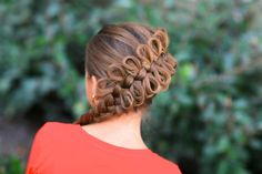Whoa! Check out this diagonal bow braid.