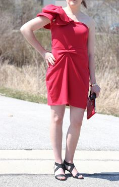 FASHION FIT FUNCTION: A Red Cocktail Dress for a Night Out