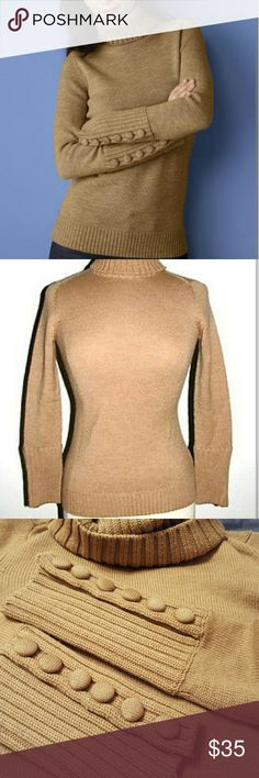 FLASH SALE!Banana Republic Wool Turtleneck Sweater Fabulous sweater that is one of my favorites! It just doesn't fit anymore :( Material is 100% Merino extra fine wool. No holes, stains, etc. Just had it dry cleaned as well so all ready to go!! Banana Republic Sweaters Cowl & Turtlenecks