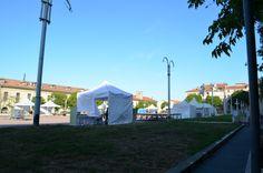 Journée Handisport Passion Partage, place d'Armes à Toulon, le 17 mai 2014. Installation des équipements