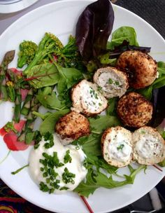 Kiev Balls Step 2 Source by amsstella Carb Free Recipes, Low Calorie Recipes, Diet Recipes, Chicken Recipes, Cooking Recipes, Healthy Foods To Make, Healthy Food To Lose Weight, Healthy Dinner Recipes, Healthy Eating