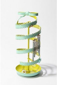 ribbon jewelry stand