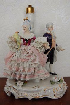Antique Victorian German Dresden Lace Porcelain Couple Figurine Table Lamp.