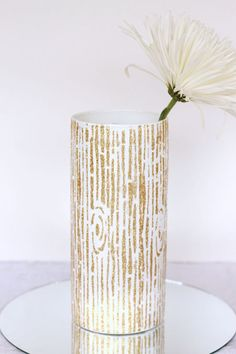 DIY gold glitter vase idea!