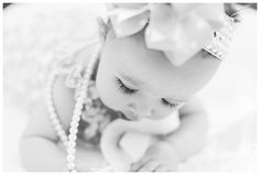 baby photography, 6 month session, pearls and bows