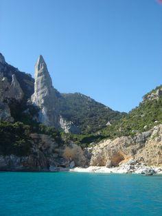 Aguglia di Cala Goloritzè Sardegna  #mare #sea #landscape #Italy #Italia #turismo #travel #viaggi #Sardegna #Sardinia