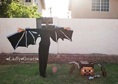 Lady Goats: How to Make an Enderdragon Costume Minecraft Halloween Costume, Minecraft Costumes, Halloween Costumes, Halloween 2015, Halloween Party, Halloween Decorations, Halloween Crafts, Halloween Ideas, Diy Wings