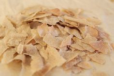 Flaked Cold Cereal --two different kinds of homemade breakfast cereals Cereal Mix, Oat Cereal, Breakfast Cereal, Cereal Bars, Homemade Breakfast, Breakfast Recipes, Snack Recipes, Yummy Recipes, Homemade Cereal