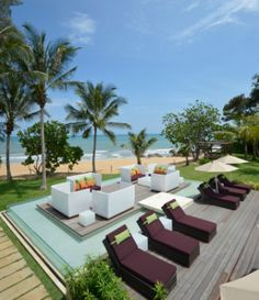 Cherating Beach offers an abundance of places to relax and unwind, including floating lounges on timber decking. Only steps away are the golden sandy shores and the soft waves of the ocean, or the untamed nature of the Malaysian jungle.