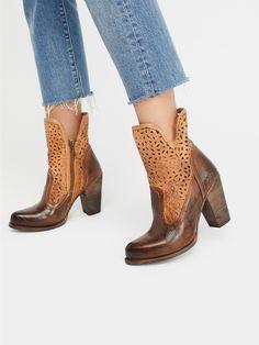 Bed Stu Tan / Teak Rustic Skylar Heel Boot at Free People Clothing Boutique