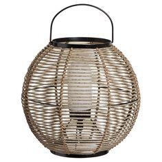Moderne lamp voor zowel binnen als buiten. Materiaal: metaal. 16 cm hoog. #tuin #tuinverlichting #KwantumLente