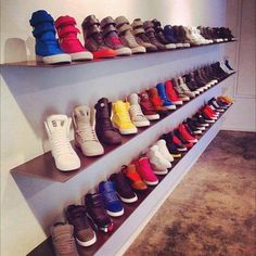 SUPRAS. Gahhhh I need these now. Oh how i would love to have this many supras.