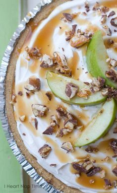 Caramel Apple Pistachio Snicker Pie - easy peasy but oh so yummy!  - Food Ideas