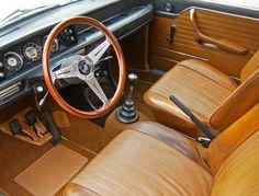 1971 bmw 2002 interior | von andrewadamsdesign&auto