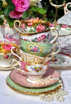 teacups stack