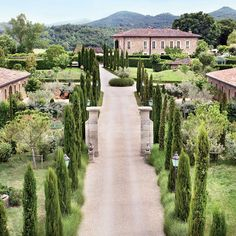 Beautiful Places to Stay in Italy