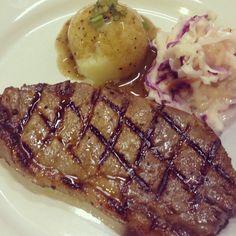 #mostwanted #steak #7spicesstriploinsteak #juicy #tender #bestseller #foodiliciouskitchen #1 #tripadvisor #1from190restaurant #bestofshahalam #kualalumpur #malaysia