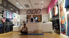 Lorna Jane Menlyn Maine store yoga classes