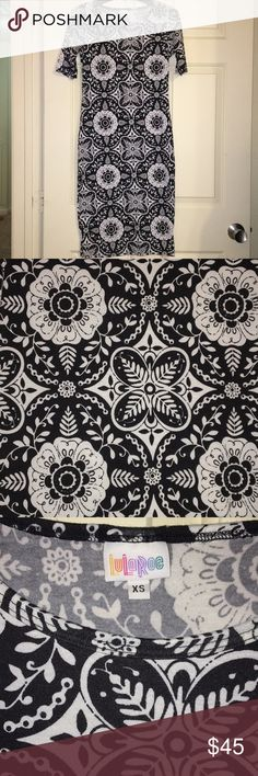 LuLaRoe XS Black/ White Julia Dress In excellent used condition. Stunning and hard to find print. LuLaRoe Dresses Midi