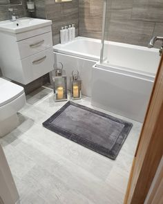 Our Denver Granite Oak Vinyl is perfect for your bathroom! 🛁 Bringing those wood floor vibes with the practicality of a vinyl! ⭐ Easy to Maintain ⭐ Excellent Slip Resistance ⭐ Durable Wear Layer 📷 our_old_to_new 🛒 Order your Free Samples today #Vinyl #VinylFlooring #BathroomFlooring #BathroomDecor #Flooring #Bathroom #FlooringSuperstore #Flooring #FlooringTrends #WoodFlooring #EngineeredWood #Home #Interiors #Interior #Laminate #Vinyl #Lvt #Carpet #Carpets #InteriorDesign #Decor
