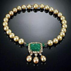 Cultured pearls, central carved emerald and brilliant-cut diamonds necklace GOLDEN BUBBLES ~ETS Pearl And Diamond Necklace, Emerald Necklace, Pearl Jewelry, Diamond Pendant, Bridal Jewelry, Diamond Jewelry, Gold Jewelry, Beaded Jewelry, Fine Jewelry