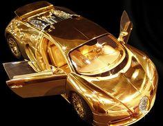 Bugatti de ouro