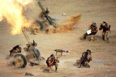 Irak, février 1991Tir d'une section de mortiers lourds de 120 mm au cours de l'opération «Tempête du désert».